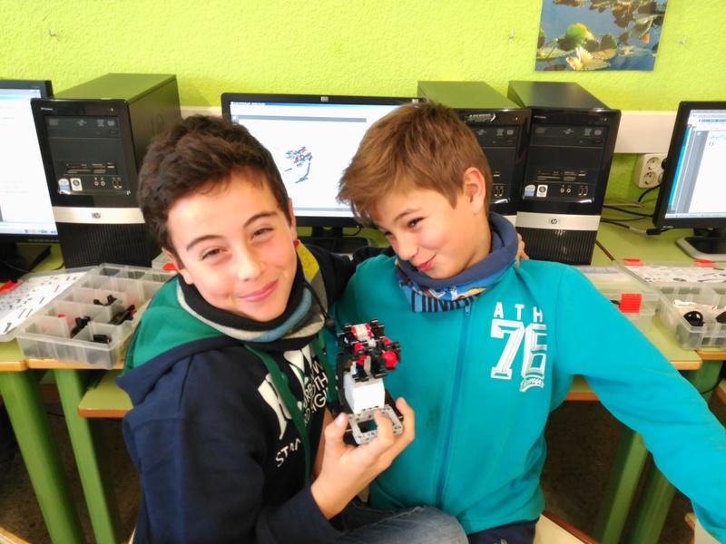 LegoRobot2015-12-030 (4)
