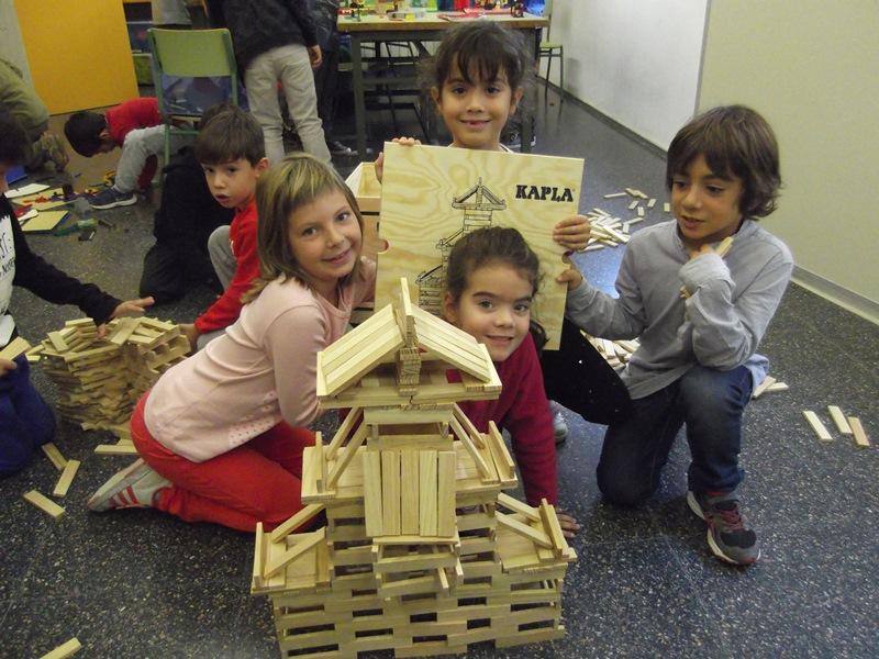 Construïm