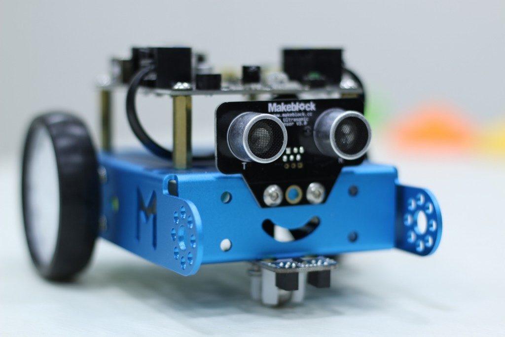 mbot-inrared-eyes-1024x683-1024x683